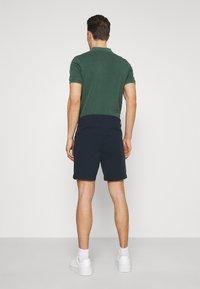 Selected Homme - SLHSTORM FLEX - Shorts - dark sapphire/mix black - 2