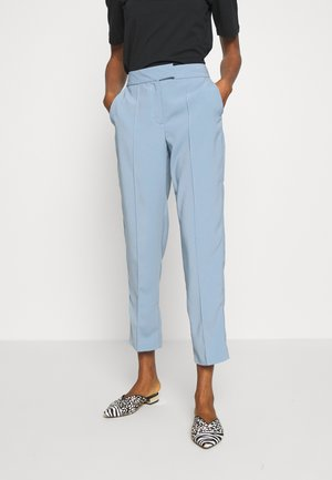 VINAHLA - Pantalones - light blue