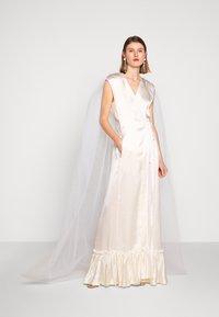 MM6 Maison Margiela - Společenské šaty - white - 1