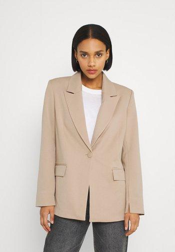 SINGLE BREASTED - Krátký kabát - beige