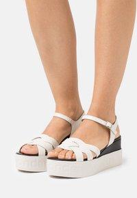 WONDERS - Platform sandals - pergamena off - 0