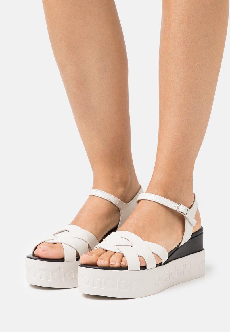 WONDERS - Platform sandals - pergamena off