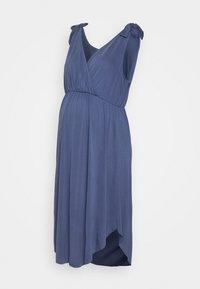 MAMALICIOUS - MLSKYLAR TESS  DRESS - Vestido ligero - blue indigo - 0