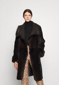 STUDIO ID - FLO COAT - Leather jacket - chocolate - 2