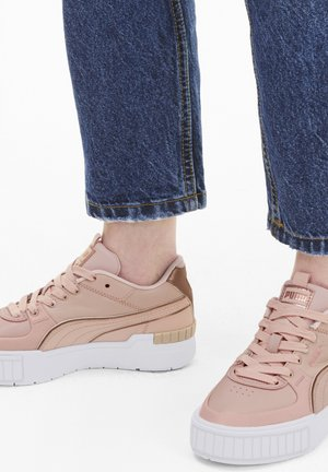 Sneakers laag - peachskin-white