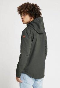 REVOLUTION - HOODED JACKET - Summer jacket - army - 2