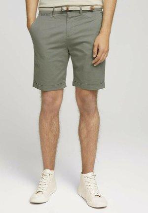 MIT GÜRTEL - Shorts - khaki small square print