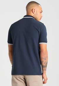 Alpha Industries - TWIN STRIPE NEW - Poloshirt - navy/white - 2