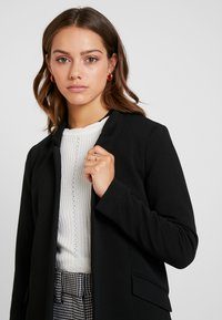 ONLY Petite - ONLLINDA COATIGAN - Chaqueta de punto - black - 3
