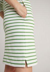 JOOP! - Jersey dress - grün weiß gestreift - 11