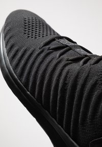 Lacoste - LT FIT-FLEX - Sneakers - black - 5