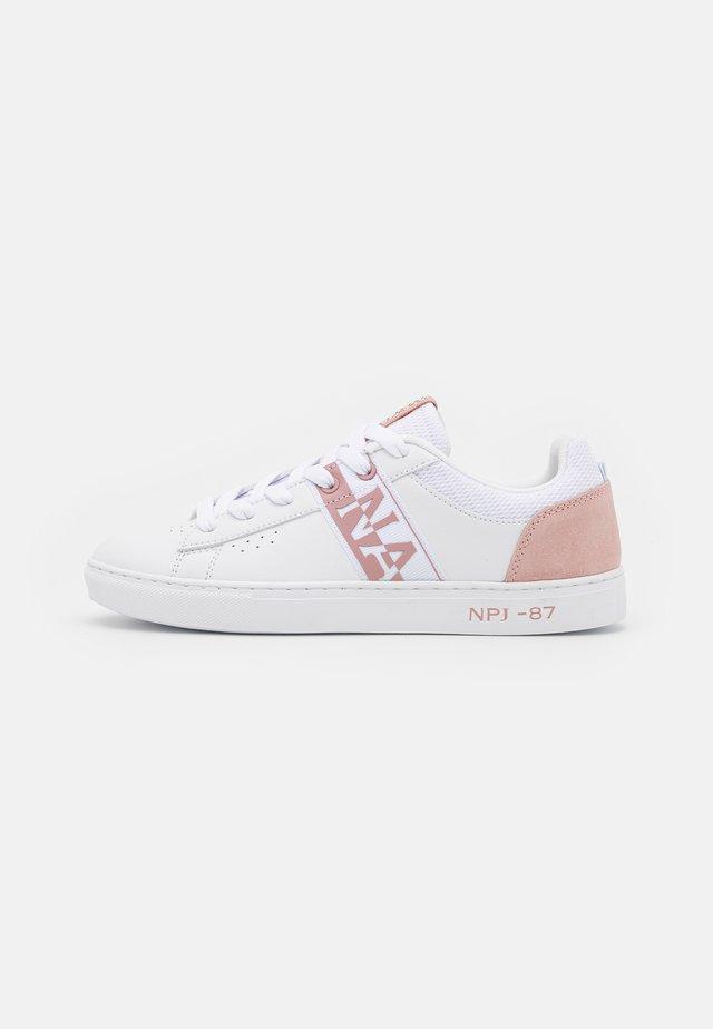 WILLOW - Sneaker low - white/pink