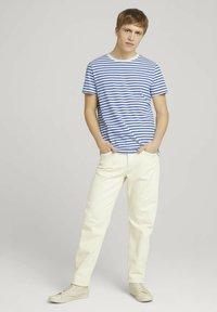 TOM TAILOR DENIM - Print T-shirt - blue white thin stripe - 1