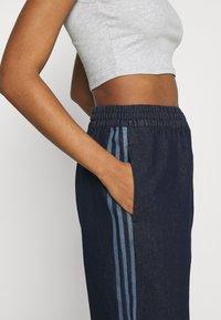 adidas Originals - JAPONA - Pantaloni sportivi - indigo - 3