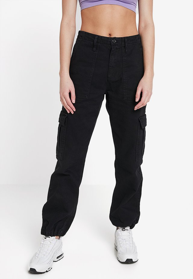 AUTHENTIC CARGO PANT - Cargobroek - black