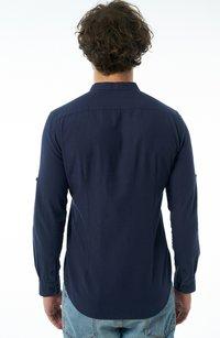 Auden Cavill - Formal shirt - dunkelblau - 1