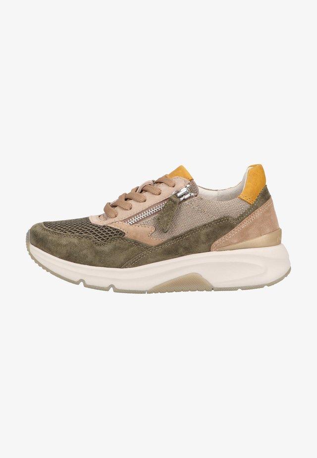 Sneakers laag - tundra kombi