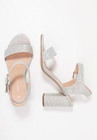 New Look - VIMS - Sandalias de tacón - silver - 3