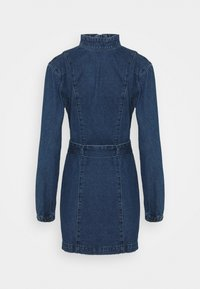 Glamorous - MINI DRESS WITH PUFF LONG SLEEVES HIGH NECK AND TIE BELT - Sukienka jeansowa - dark stonewash - 1