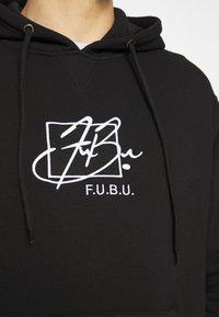 FUBU - SCRIPT HOODED - Sweatshirt - black - 4