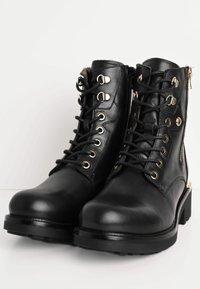 NeroGiardini - Cowboy/biker ankle boot - nero - 2