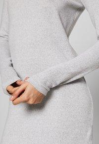 Noisy May - NMTESS DRESS - Strikket kjole - light grey melange - 3