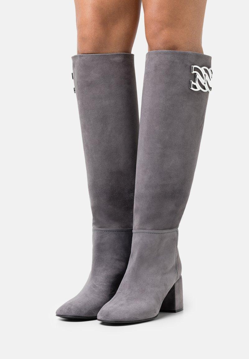 Casadei - Vysoká obuv - gravity grey