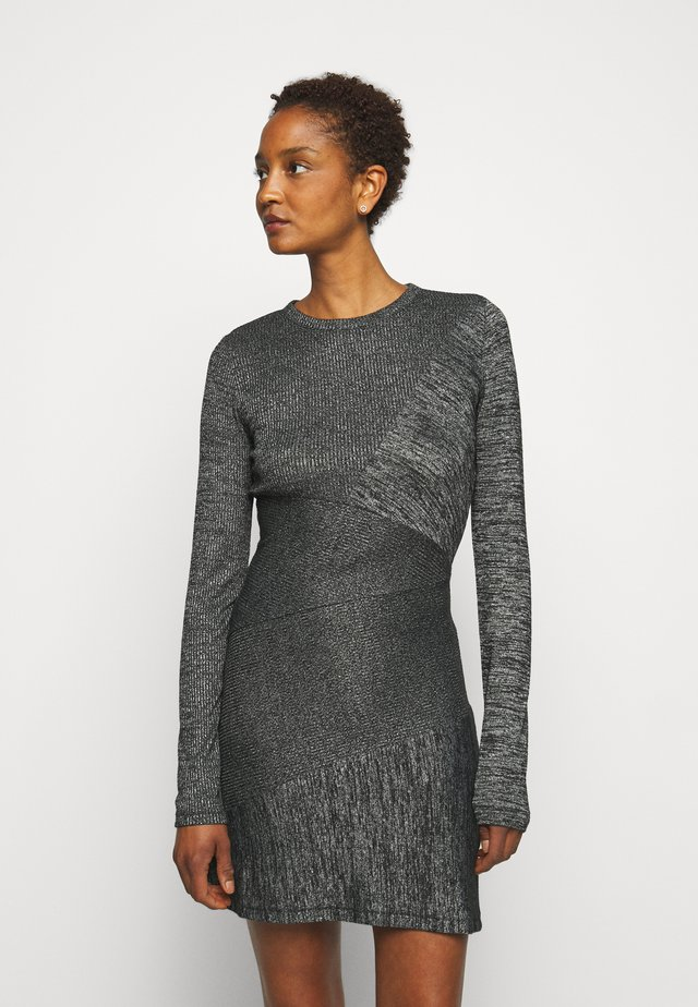 THE TONAL BLOCKED DRESS - Fodralklänning - black