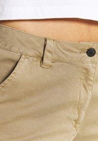 Icepeak - ARTESIA - Sports shorts - beige - 3