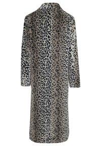 InWear - Classic coat - leo fur - 5