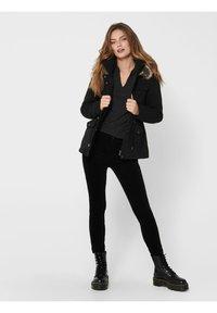 ONLY - ONLSTARLINE  - Winter jacket - black - 1