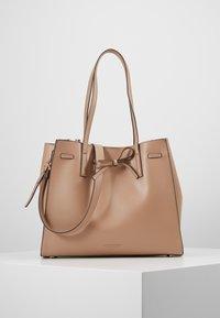 Seidenfelt - TONDER - Shopping bag - almond - 0