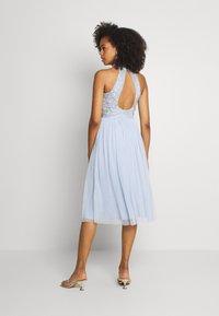 Lace & Beads - MAISY MIDI - Koktejlové šaty/ šaty na párty - light blue - 2