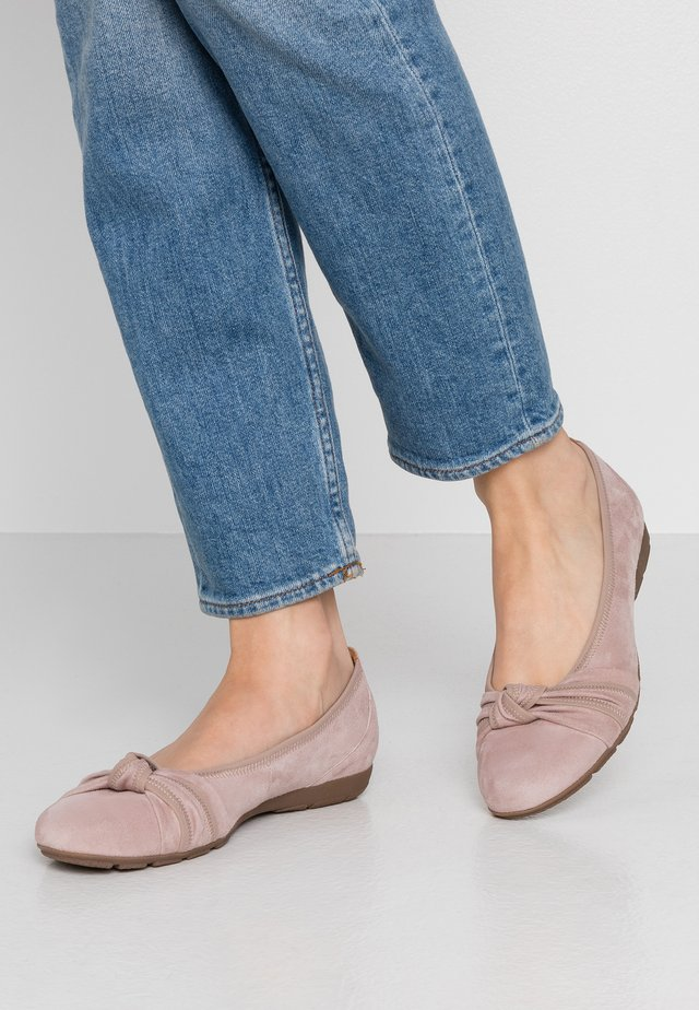 Ballet pumps - antik rosa