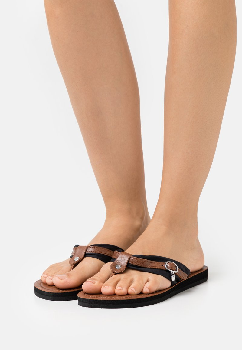 Tamaris - T-bar sandals - black/muscat