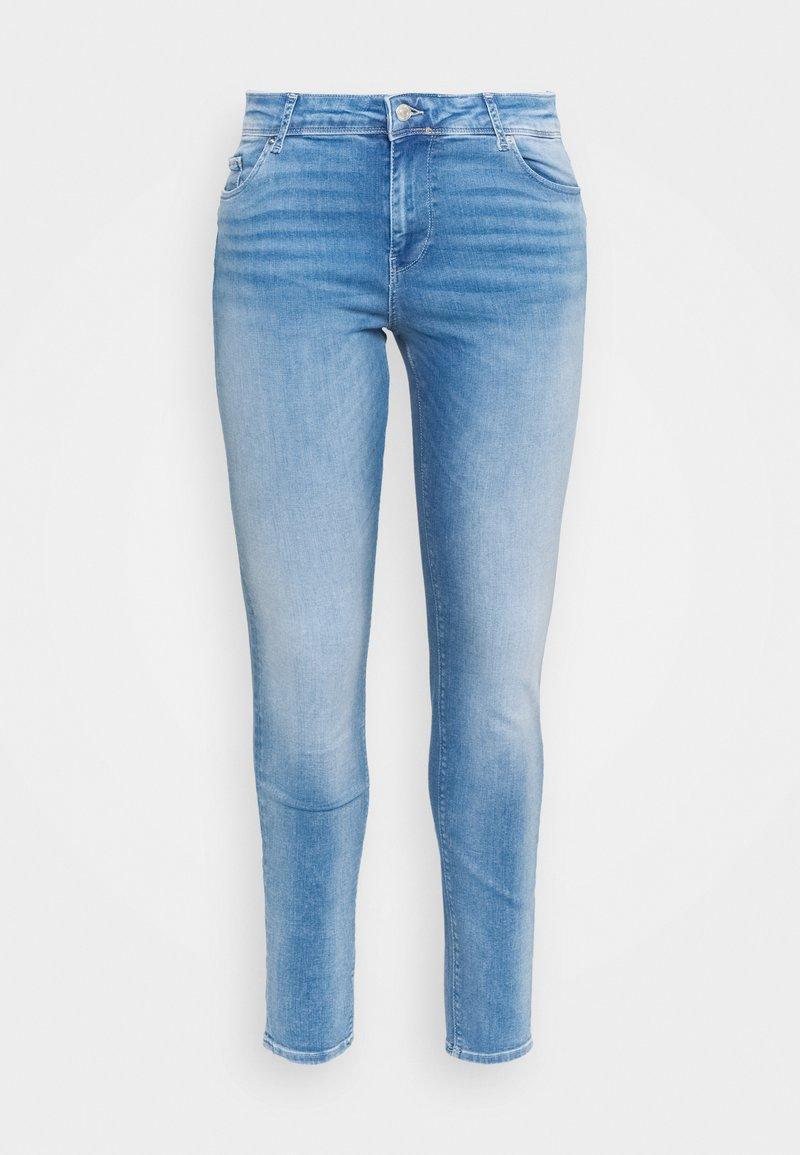 Vero Moda Curve - VMLUX - Slim fit jeans - light blue denim