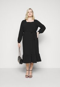Pieces Curve - PCKUMA MIDI DRESS - Day dress - black - 1