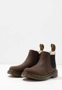 Dr. Martens - 2976 Leonore Y Republic Wp - Winter boots - dark brown - 3