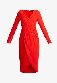 GWENNO MIDI WRAP DRESS - Koktejlové šaty/ šaty na párty - bright red