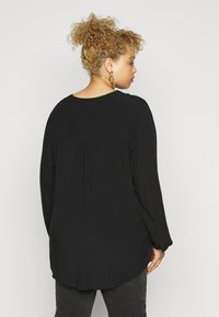 ONLY Carmakoma - CARANITA - Blouse - black - 2