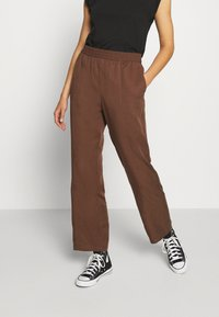 Monki - SAMI TROUSERS - Pantalones - brown - 0