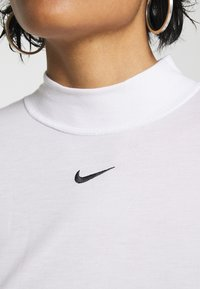 Nike Sportswear - TEE MOCK SLIM - Long sleeved top - white - 4