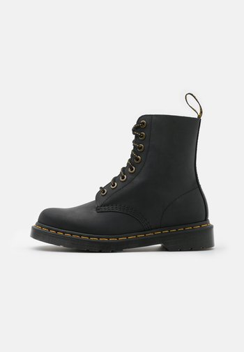 1460 PASCAL 8 EYE BOOT UNISEX - Lace-up ankle boots - black