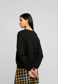 Even&Odd - Printed Crew Neck Sweatshirt - Collegepaita - black - 2