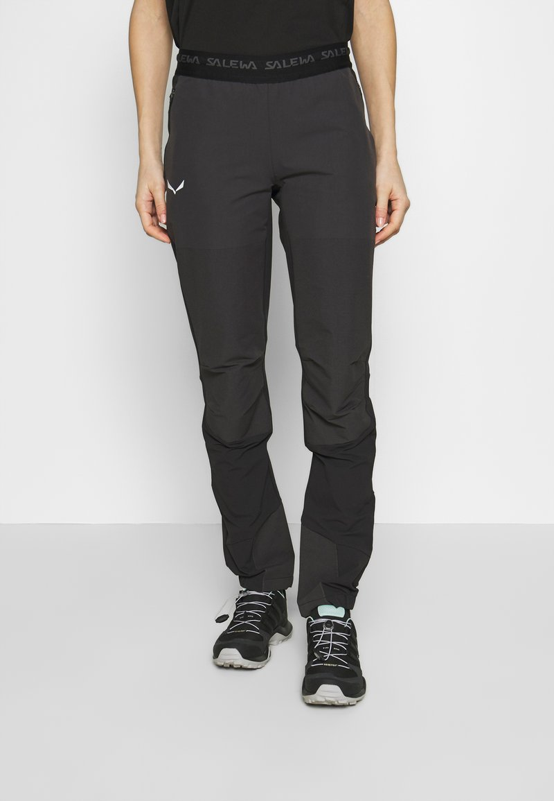 Salewa - AGNER LIGHT ENGINEER - Trousers - black out