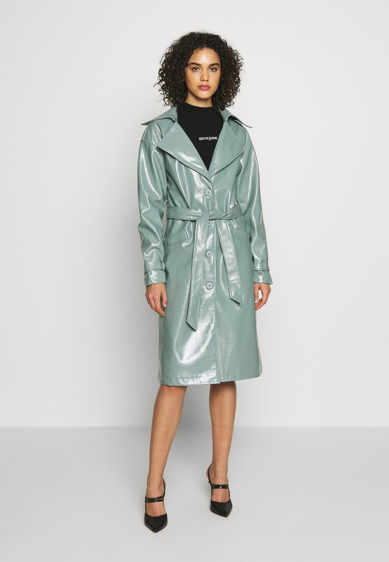 Missguided - TEXTURED TRENCH - Trenchcoat - green