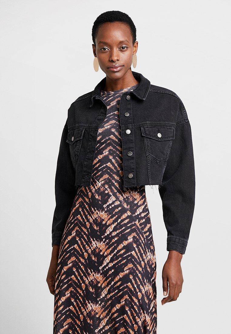 Topshop - HACKED OFF CROP - Denim jacket - black denim