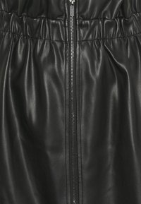 Vila - VIJOSEP SHORT ZIPPER SKIRT - A-line skirt - black - 2