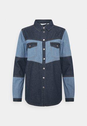 BYKAYSA SHIRT - Skjorta - mid blue denim