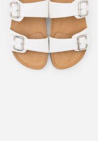 Anna Field - Slippers - white - 5